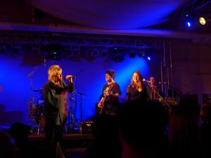Jock McDonald erzählt kleine Anekdoten aus seinem bewegten Musikerleben