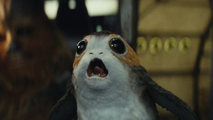 """Star Wars Die Letzten Jedi Rey übt mit dem Lichtschwert<br /> © <a href=""""http://disney.de/filme/star-wars-die-letzten-jedi/"""" target=""""_blank"""" rel=""""noopener"""">Disney</a>"""