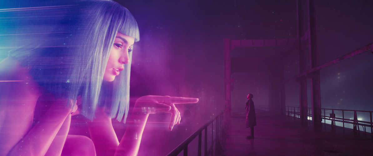 Überdimensionale Hologramme in Los Angeles © Sony Pictures