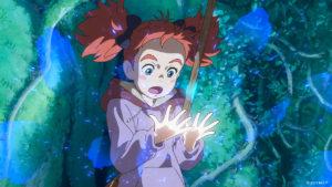 Als die ungeschickte Mary eine der Blüten der Hexenblume zerdrückt, bekommt sie magische Kräfte und der alte Besen, den sie im Wald gefunden hat, beginnt zu fliegen. © 2017 M.F.P. / Peppermint Anime