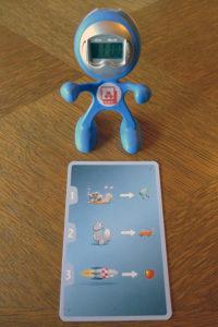 Der Promo-Roboter päsentiert die Infoseite